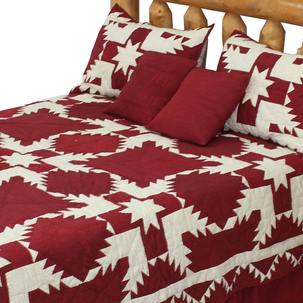 """Red Feathered Star King Quilt 105""""W x 95""""L"""