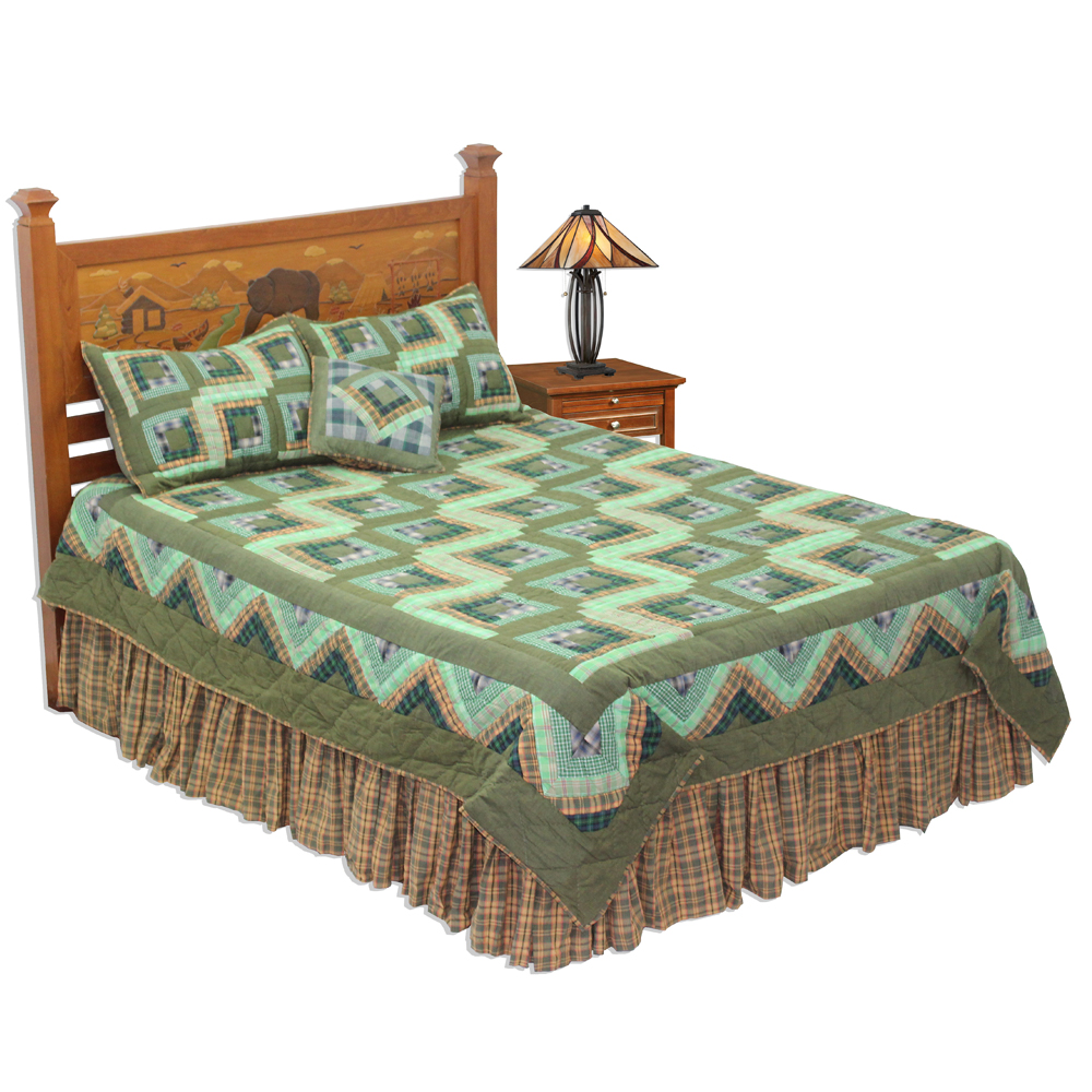 "Green Log Cabin Luxury King Quilt 120""W x 106""L"