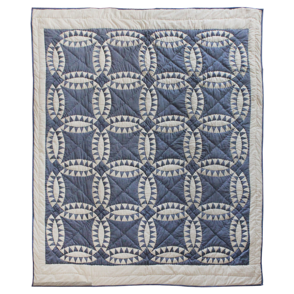 "Blue and White Wedding Ring Queen Quilt 85""W x 95""L"