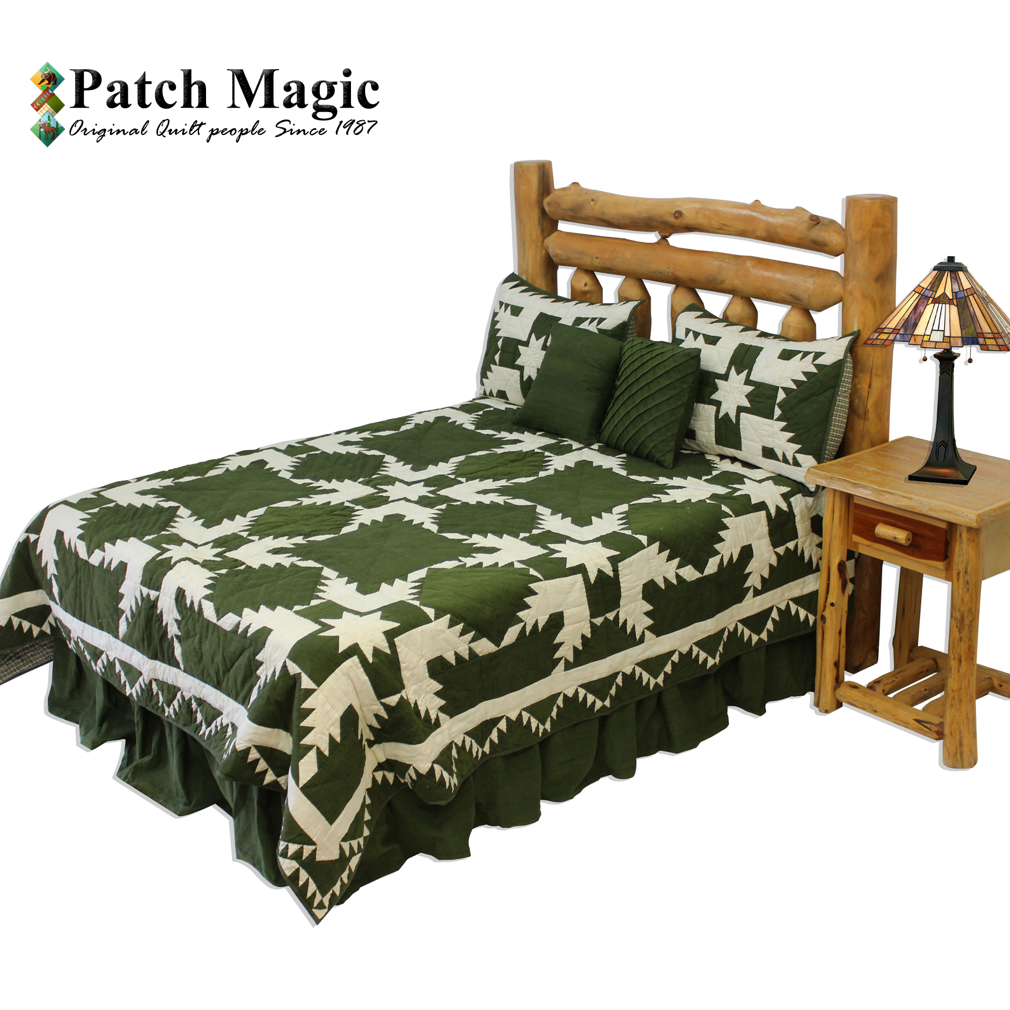 "Green Feathered Star Queen Quilt 85""W x 95""L"
