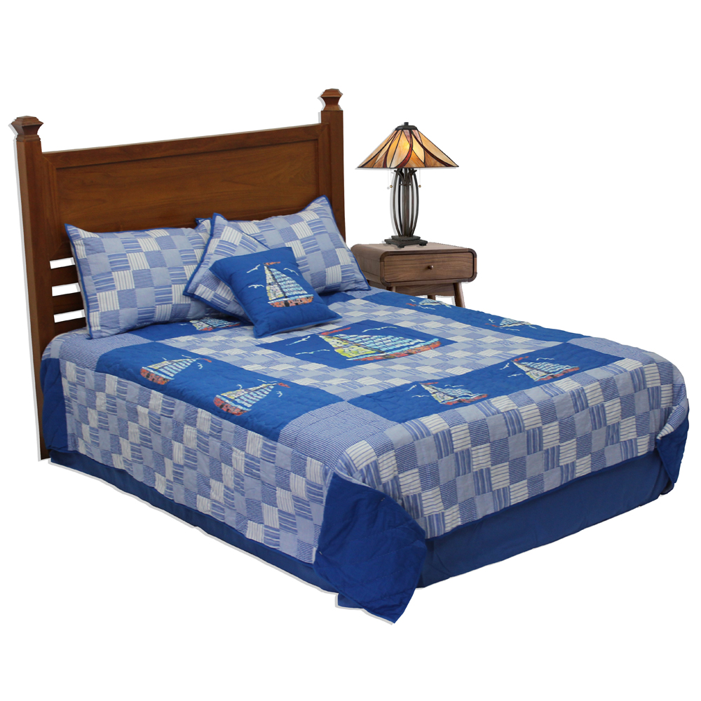 "Blue Sail super king quilt 110""w x 96""l"